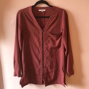 Zip up blouse; worn once great condition